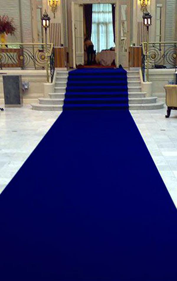 dywan z kolorze navi blue wynajem