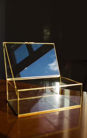 Złota szkatułka na koperty