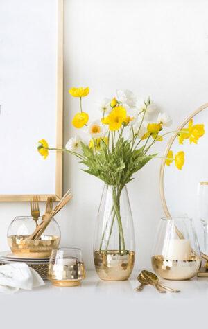 wypożyczalnia wazonów w kolorze złotym